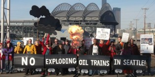 Hundreds rally for oil train protest