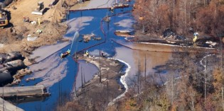 New Aerial Video of Alabama Oil Spill Exposes Cleanup Problems