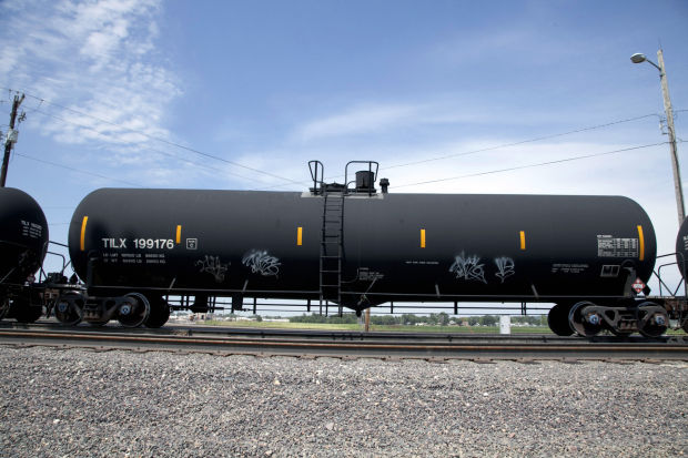 Rail Cars Used To Ship Oil Called Unacceptable The Dot 111 Reader