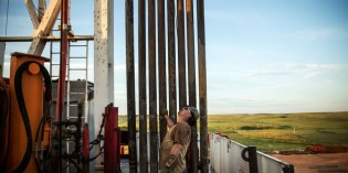 Dream of U.S. Oil Independence Slams Against Shale Costs