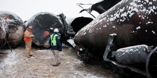 Walz, officials say oil boom necessitates safer rail procedures