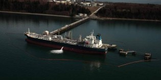 Surging fuel traffic puts state at risk for oil spills
