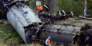 Obama's DOT proposes tougher oil train safety rules
