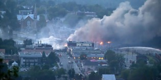 Rupture-Prone Oil Trains Keep Rolling After Quebec Crash