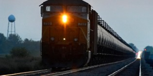 As Trains Move Oil Bonanza, Delays Mount for Other Goods and Passengers