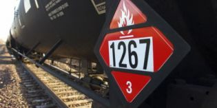 Safety rules on oil trains burn critics