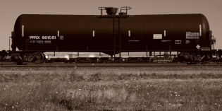 "Federal Court Order: Explosive DOT-111 ""Bomb Train"" Oil Tank Cars Can Continue to Roll"