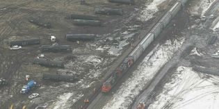 CN cleaning up after train derailment near Carberry