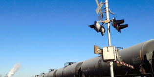 State officials: 326,170 Minnesotans live near oil train tracks; unknown in ND
