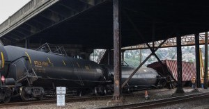 Fire chiefs demand oil train disaster plans from BNSF Railroad