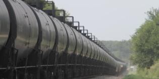 Derailments put oil train expansion in the crosshairs