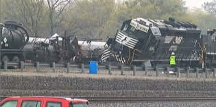 All roads reopened after Tuesday night train derailment in Irondale