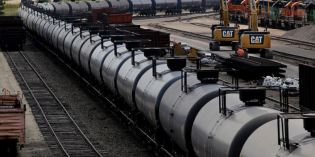Railroads balk at making oil disaster plans public