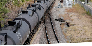 Dayton's angry letter highlights missed opportunity to improve oil-train safety