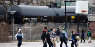 Oil Trains Carry Bigger Risks For People Of Color