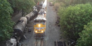 Feds propose railroads have plans to deal with oil spills