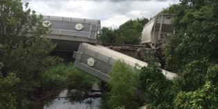 Frac Sand Train derailment near Lewisville Ark., no injuries reported