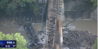 26 coal cars derail, 5 end up in creek north of Fort Worth TX