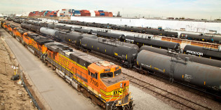 BNSF to cut rates for ethanol shippers using DOT-117s
