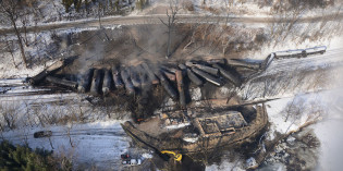 "Why Is the Exxon-Funded Heartland Institute Now Calling Oil Trains ""Dangerously Flammable""?"